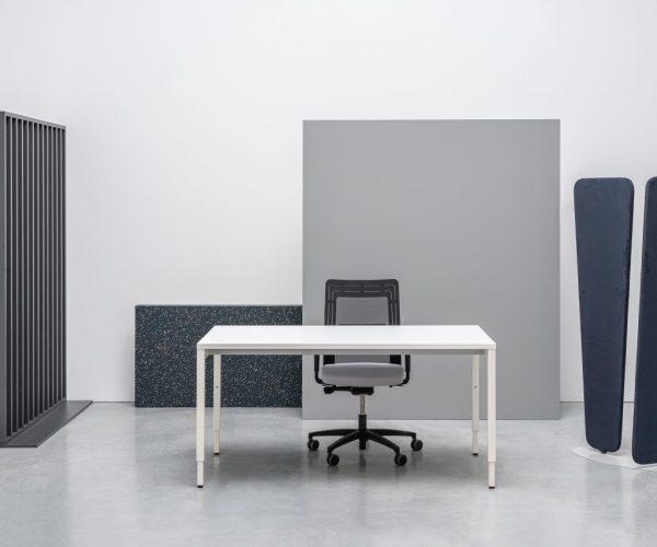 operative_ranges_ogi_y_height_adjustable_desk_1